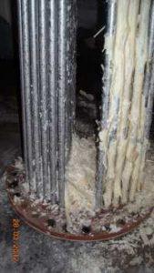 Kalkablagerungen auf Rohrbündel im Boiler